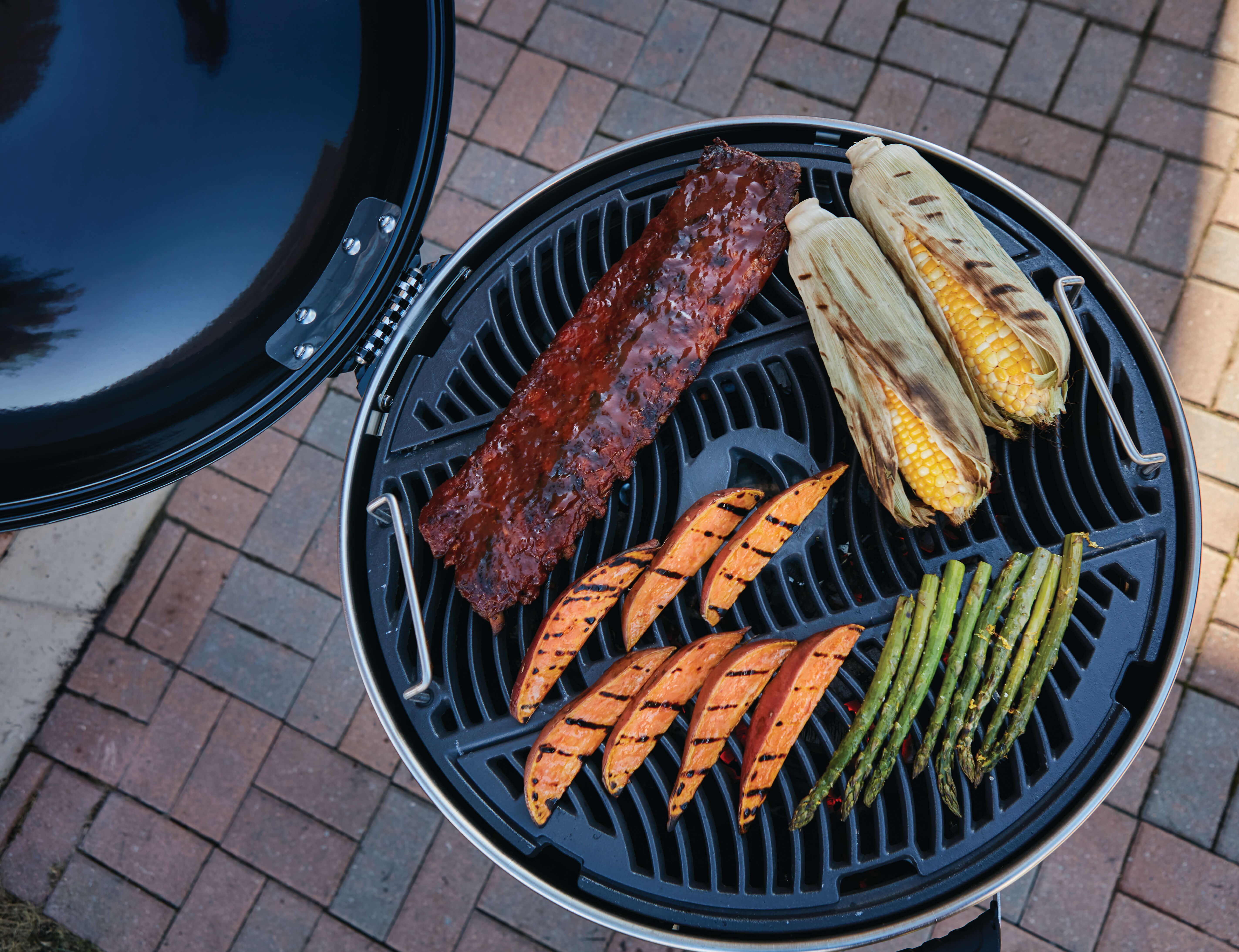 PRO Charcoal Kettle Grill, Black